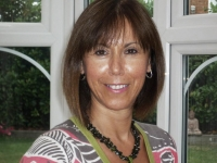 Suzanne Coldwell DABCH, MCAHyp, Master Practitioner in NLP and EFT, MAMT