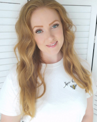 Emma Wakefield - Life & Wellbeing Coach, EFT Practitioner.