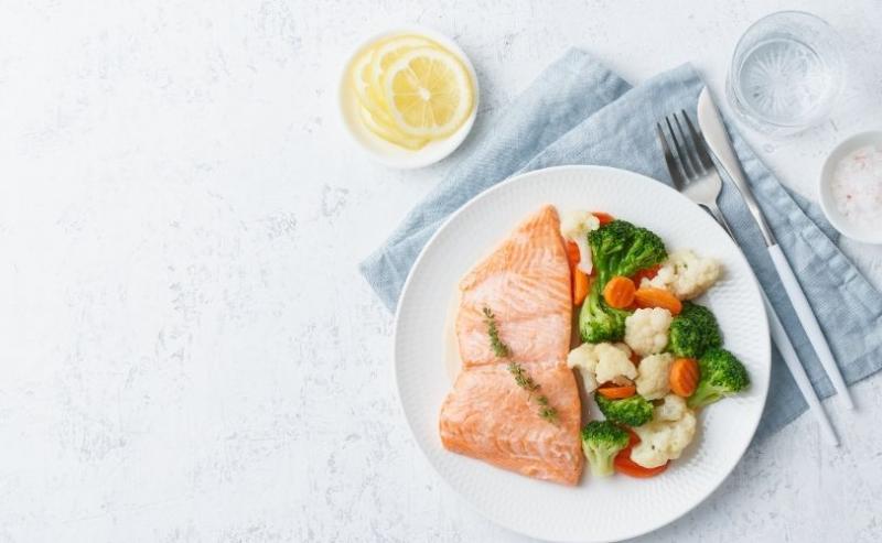 A healthy salmon dinner