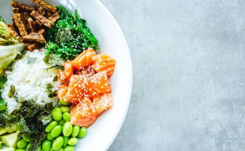 Salmon and edamame dish