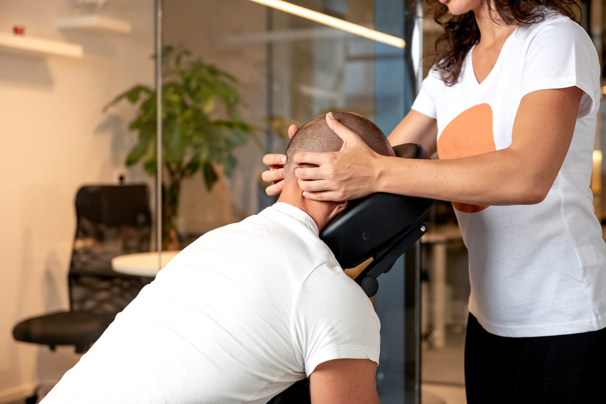 "Corporate massage: ""Our staff felt completely comfortable and relaxed"""